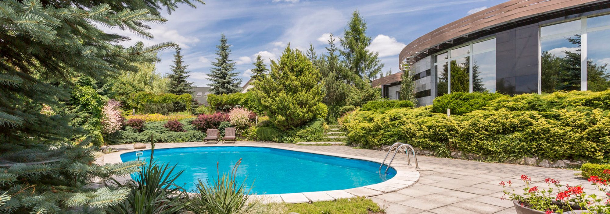 Fr pool elegant indoor with fr pool top with this time a for Camping chambery avec piscine
